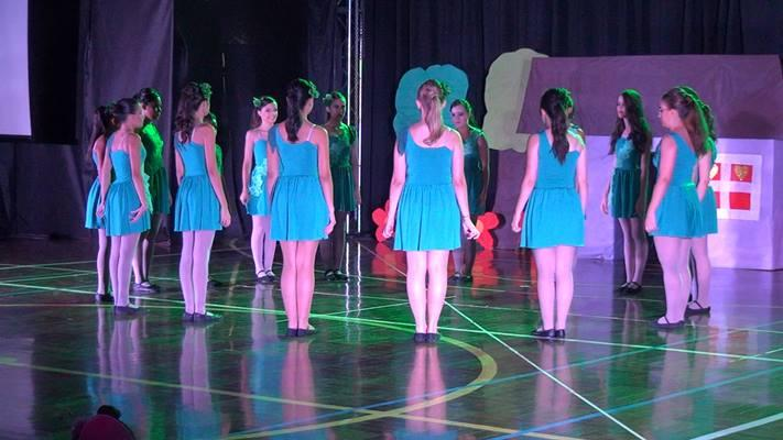 Grupo de ballet do Country Club apresenta